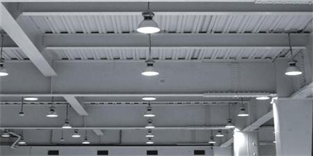 Industrial lighting: what are the regulations for the lighting of the workplace inside and outside the production plant